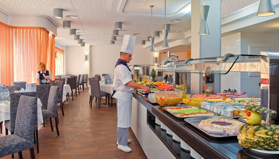 Hotel RH Royal Buffet 3