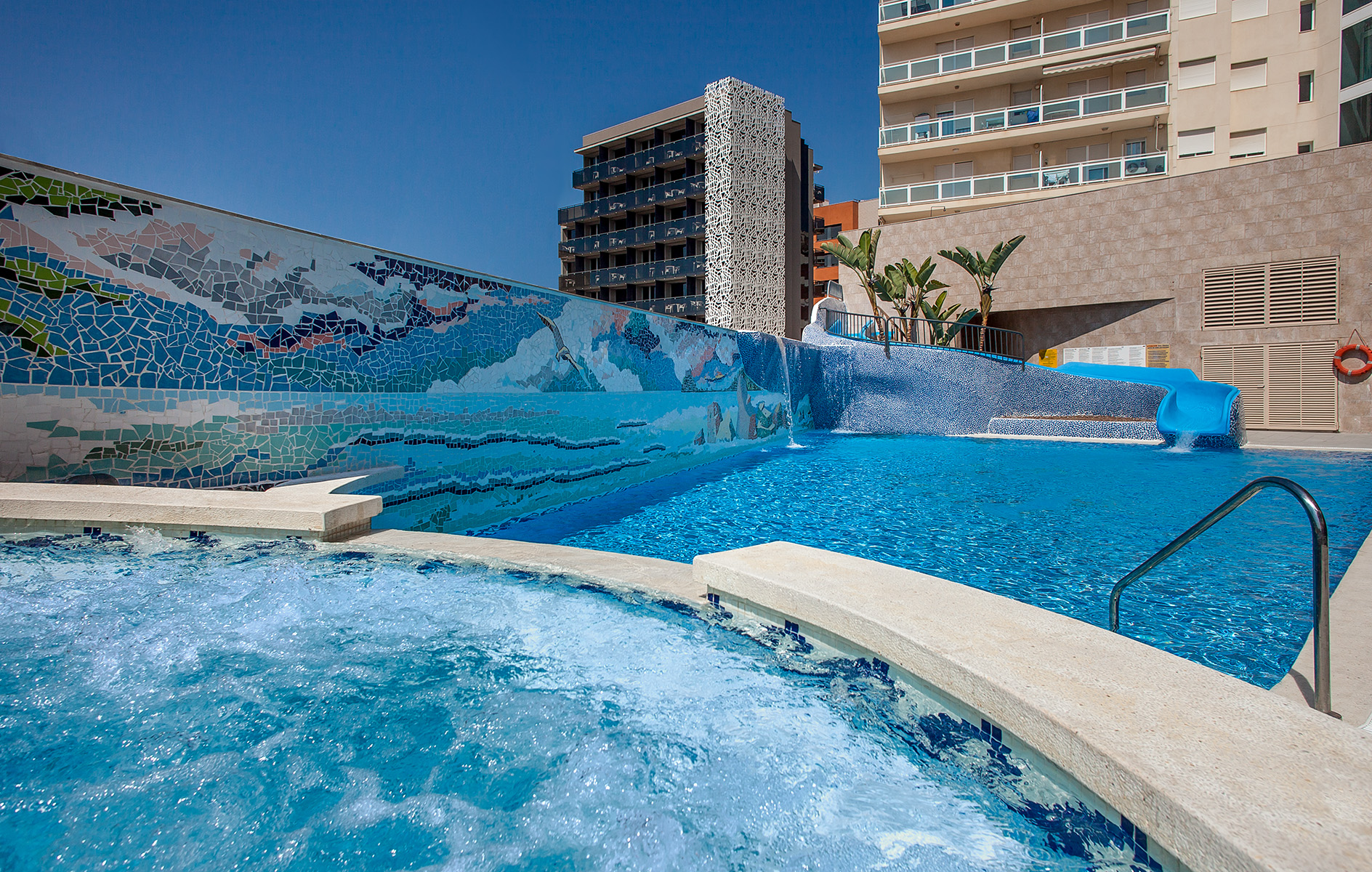 Fotos hotel rh vinar s playa hoteles en vinar s castell n for Playa piscina