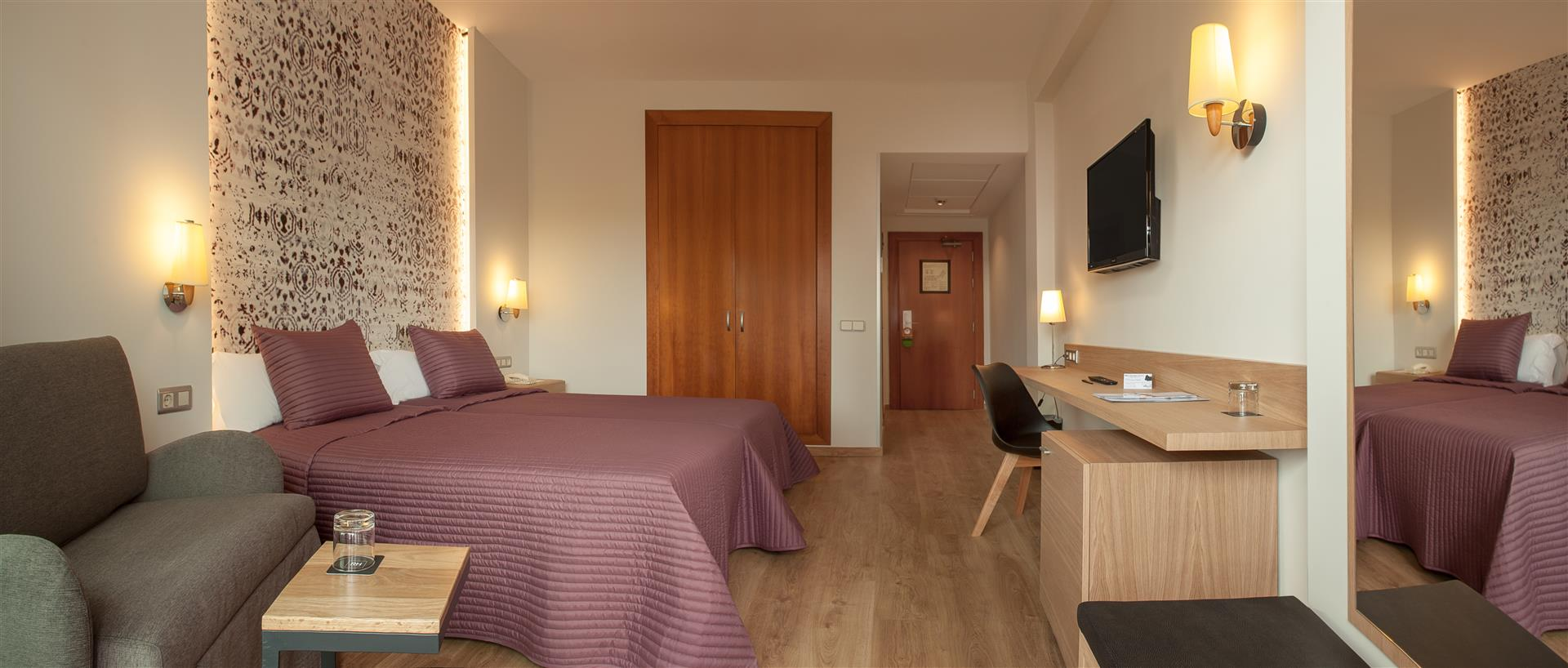 Hotel rh princesa benidorm fotos im genes web oficial for Programa decoracion habitaciones
