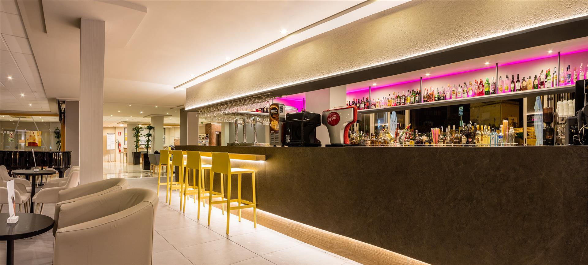 Hotel RH Princesa bar-lounge